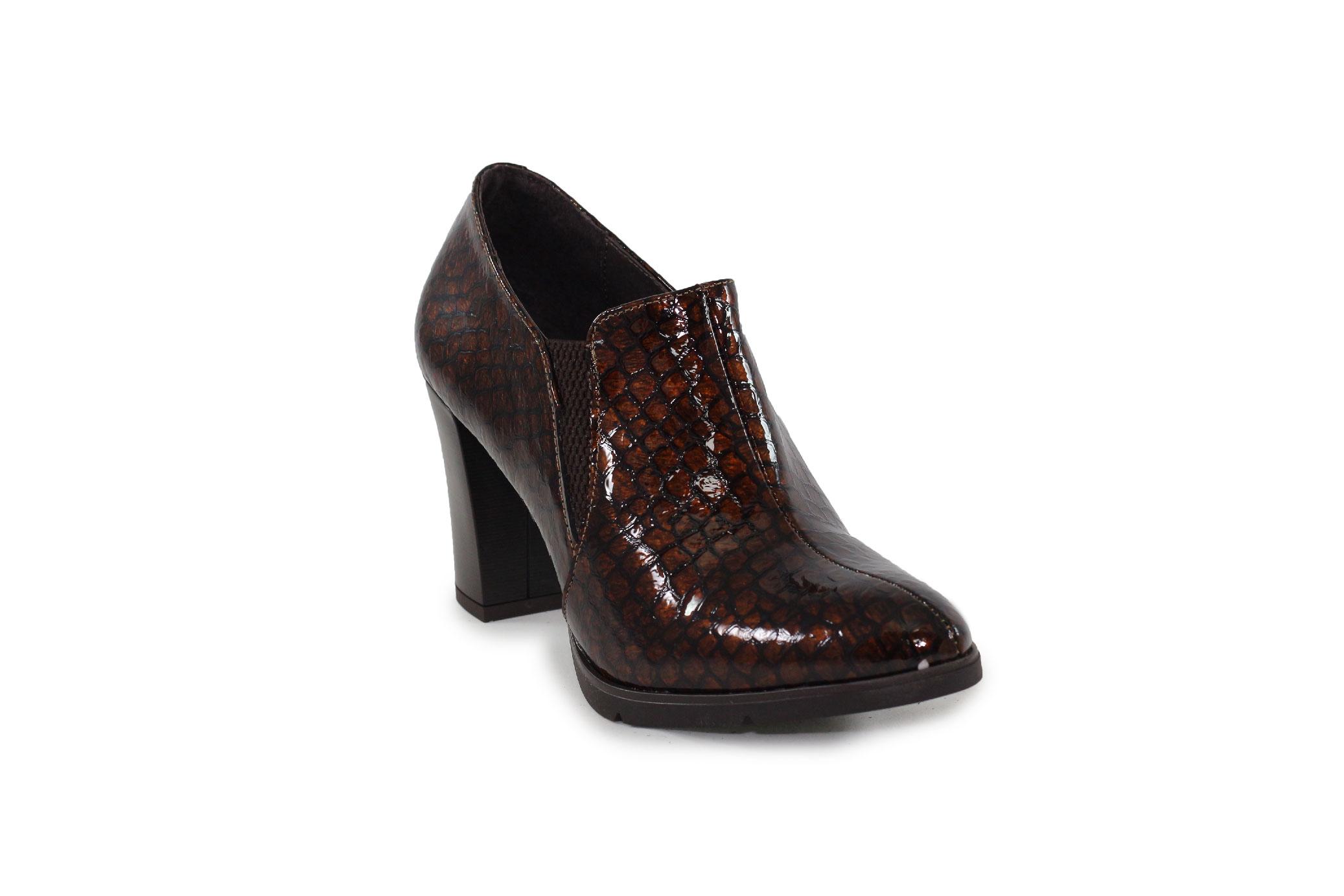 Zapato abotinado Barminton 9560