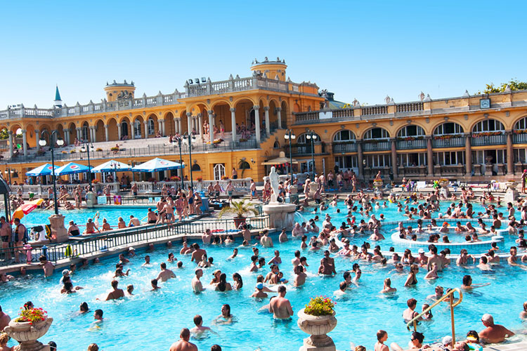 Thermal Baths with Massage, Hen Weekend Budapest, Maximise Hen Weekends