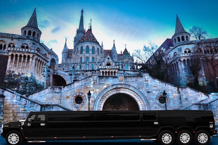 Enterrement de vie de garçon à Budapest Transfer en Hummer XXL avec Crazy EVG