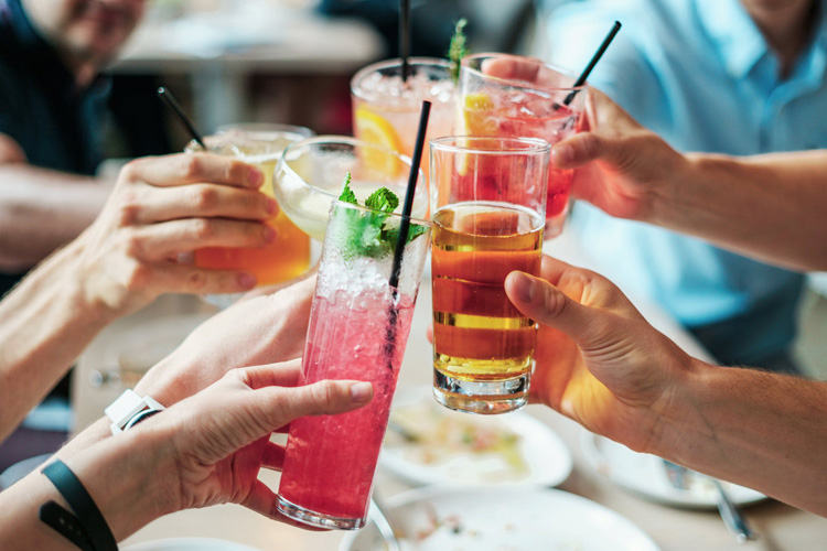 Bar & Drinks, hen weekend Reading