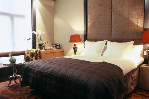 Enterrement de vie de garçon à Bruxelles Cray-evG Hotel 4 étoiles