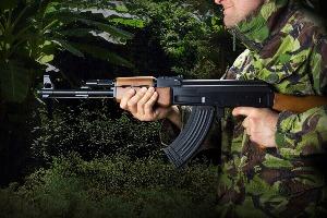Schießen 45 Kugeln für meinen JGA in Varsovie | Junggesellenabschied