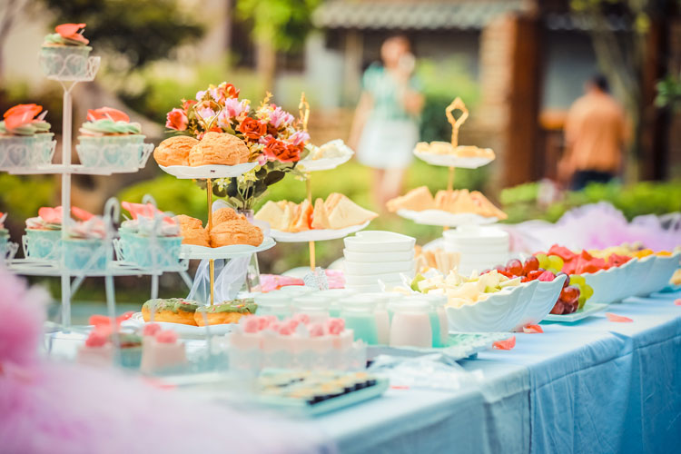 Tipsy Tea Party Newcastle for your hen weekend with hen Maximise