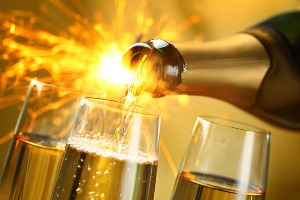 Bar & Bubbles in Swansea for your hen party with hen maximise