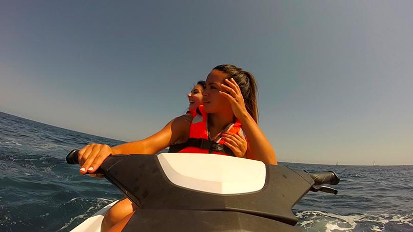 Jet-ski à Barcelone pour votre enterrement de vie de jeune fille avec crazy evjf