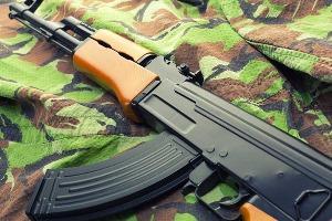 Shooting AK-47 pour mon EVG à Bratislava | Enterrement de vie de garçon | idée enterrement de vie de garçon | activité enterrement de vie de garçon | idée evg | activité evg