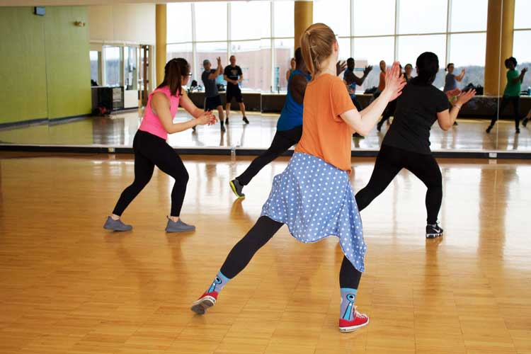 Dance Class for your Bordeaux Hen Weekend