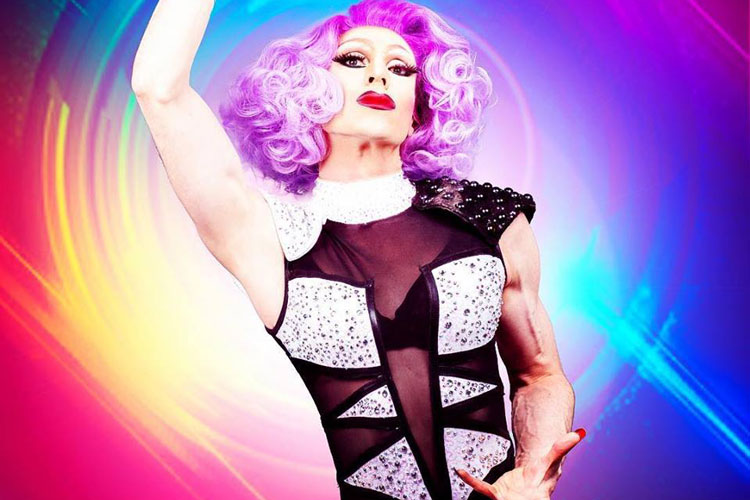 Comedy & Drag Cabaret Show Newcastle for your hen weekend with hen Maximise