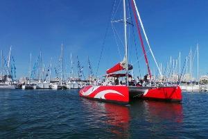 Enterrement de Vie de Garçon Montpellier Crazy-evG balade en catamaran