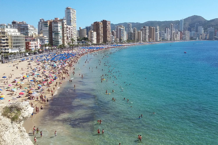 Benidorm hen weekend, Benidorm hen party, Benidorm hen do, hen weekend ideas, hen party ideas, hen do ideas, hen party destinations, hen weekend destinations, hen do destinations, Benidorm