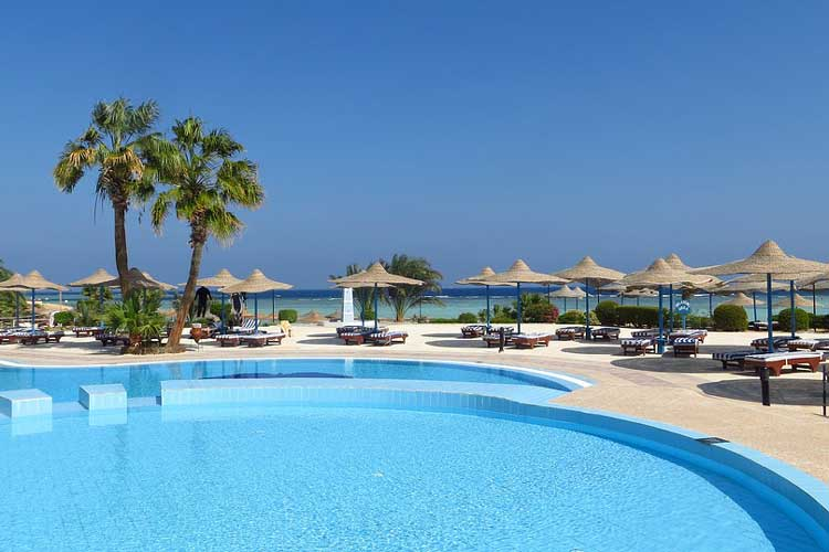 Beach Club Entry for my Marbella Hen Party | Maximise Hen Weekends