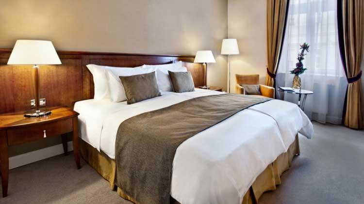 Hôtel 5*  pour mon EVG à Budapest | Enterrement de vie de garçon | idée enterrement de vie de garçon | activité enterrement de vie de garçon | idée evg | activité evg