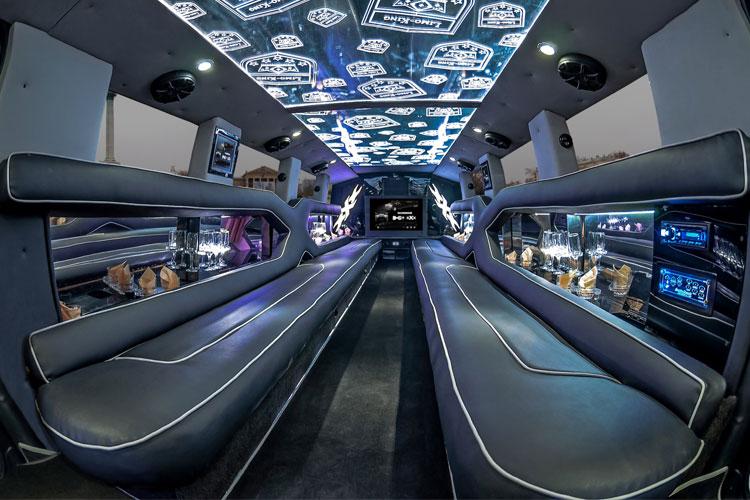 XXL Hummer Limo Tour for my Cologne Hen Party | Maximise Hen Weekends
