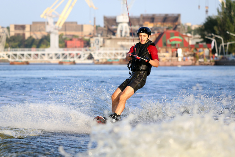 Wakeboarding  for my Hamburg Hen Party | Maximise Hen Weekends