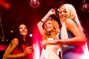 Club & bouteille VIP à Prague EVG