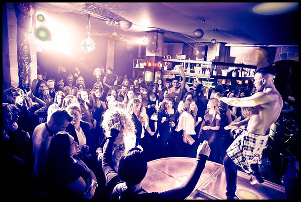 Ladies-Only Table Strip Club for my Hen Weekend in Berlin