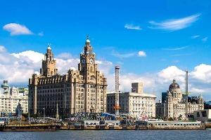 Crazy-evJF organise votre enterrement de vie de jeune fille à Liverpool ! Découvrez nos packages ou choisissez votre programme à la carte.