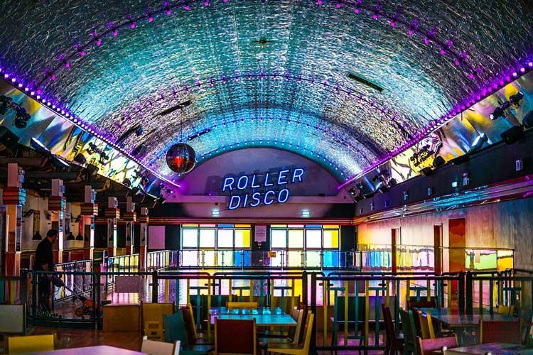 Roller Disco Dublin hen weekend, Dublin hen weekend, hen party activities Dublin, Dublin hen weekend ideas