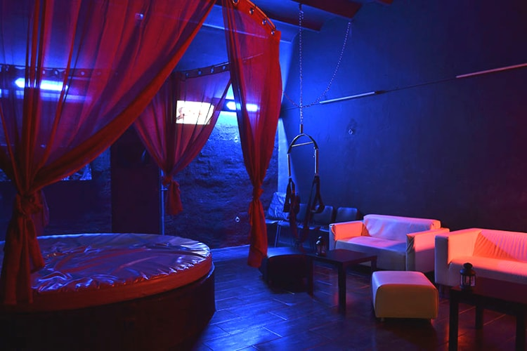 Dominatrix Show for my Barcelona Stag Do | Maximise Stag Weekends