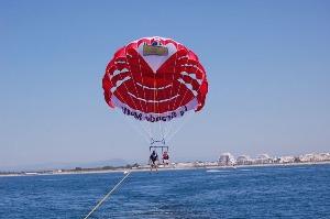 Parachute ascensionnel  pour mon EVG à Montpellier | Enterrement de vie de garçon | idée enterrement de vie de garçon | activité enterrement de vie de garçon | idée evg | activité evg