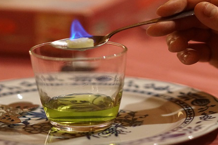 Enterrement de vie de jeune fille - bruxelles absinthe