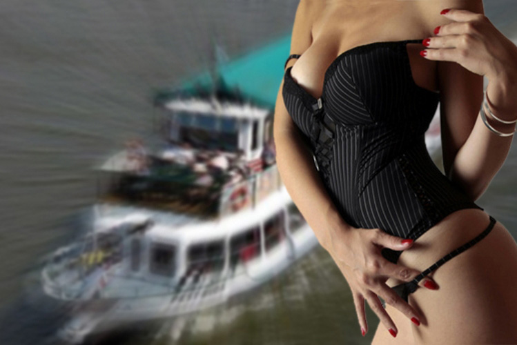 Enterrement de vie de garçon Budapest Croisière striptease Crazy-evG