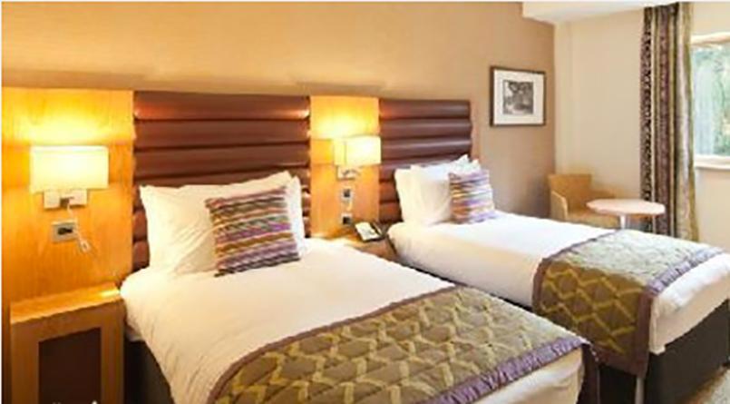 Hôtel 3* pour mon EVJF à Édimbourg - OFFLINE | Enterrement de vie de jeune fille | idée evjf | idée enterrement de vie de jeune fille | activité evjf |activité enterrement de vie de jeune fille