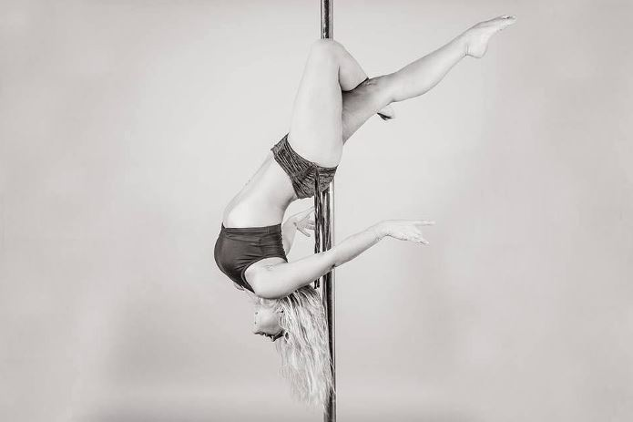 Pole Dancing Class for my Dublin Hen Party | Maximise Hen Weekends