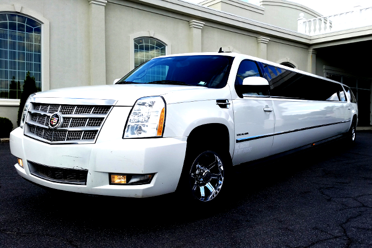 Cadillac Escalade Airport Transfers for my Cracovie Hen Party | Maximise Hen Weekends
