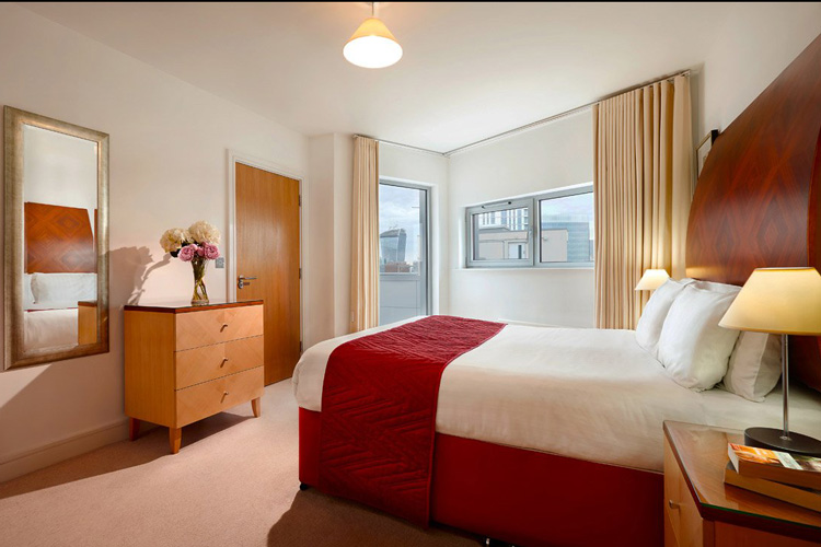 4 Star Dockland Apartments London