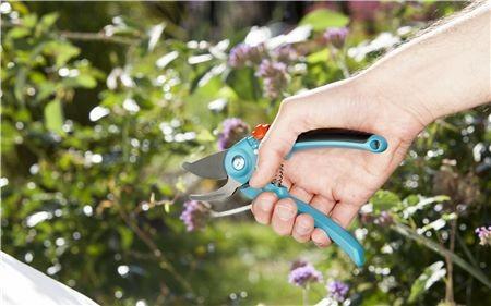 Gardena Zahradní nůžky B/S Classic