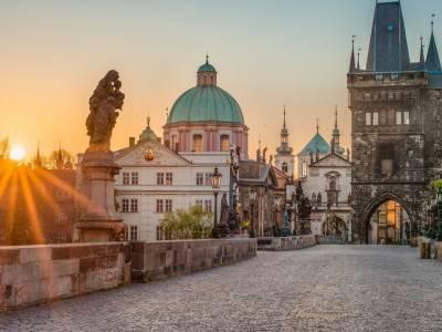 Ontdek de gouden stad Praag incl. vlucht en ontbijt