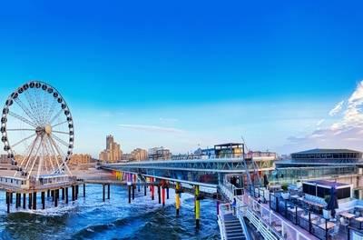 Nabij strand Den Haag/Scheveningen: tweepersoonskamer voor 2 incl. ontbijt in Holiday Inn Express The Hague - Parliament