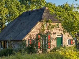 Verblijf in vrijstaande boerderij op landelijk vakantiepark in Twente