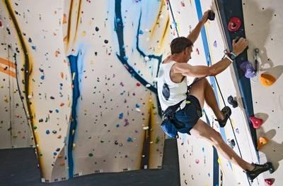 Klimhal Amsterdam: klimcursus voor iedereen vanaf 5 jaar, naar keuze inclusief klimdiploma K2