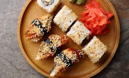 Afhalen: sushibox met 26 of 40 stuks bij Lekker Sushi in Amsterdam-Oost