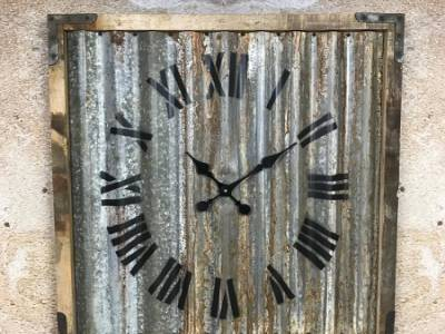 Wandklok vintage dakplaat 75 cm