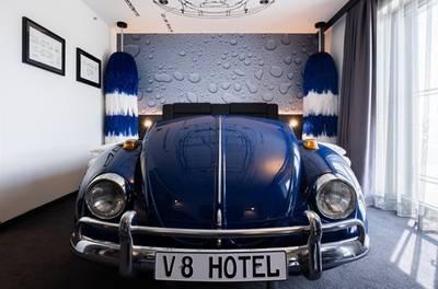 Keulen: king of design tweepersoonskamer of suite voor twee incl. ontbijt in 4* V8 Hotel Köln