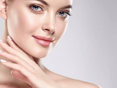 BB Glow- of microneedling-gezichtsbehandeling