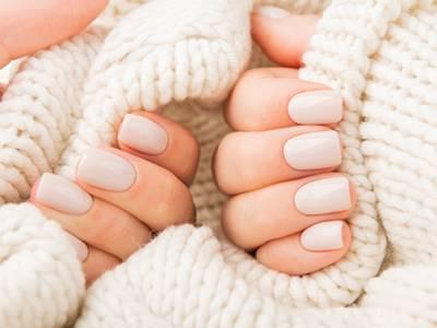 Mini-manicurebehandeling + shellac