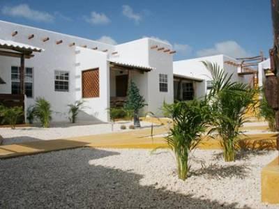 Bonaire Fun & Tropicana