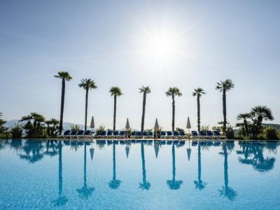 Verblijf op een 4*-resort aan het Gardameer