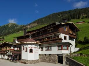 Familievakantie in een 4*-hotel in het idyllische Tuxertal o.b.v. halfpension