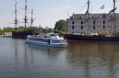 Rondvaart door de Amstel incl. koffie/thee en appelgebak bij Amsterdam Boat Cruises