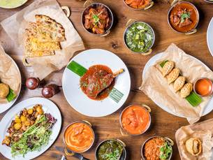 Indiase rijsttafel bij Restaurant Kamasutra