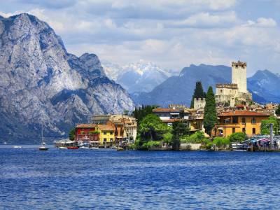 Autorondreis langs het Gardameer en Lago Maggiore o.b.v. halfpension