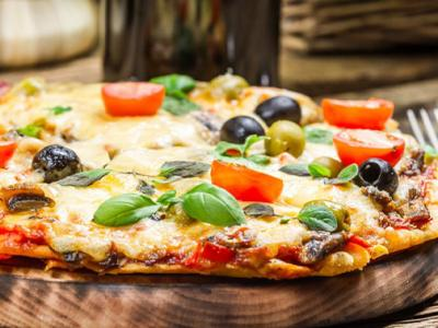 Afhalen: pizza naar keuze + drankje naar keuze