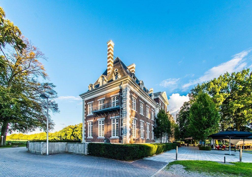 Historisch Kasteel in Lanaken en nabij Maastricht