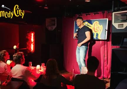 Entree voor ComedyCity in hartje Den Haag