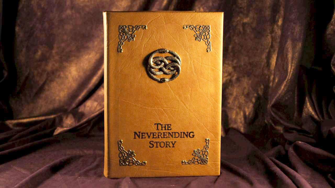 """""""La storia infinita"""" compie 40 anni, ecco perché tutti dovremmo leggerlo una volta nella vita"""